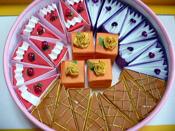 すべての折り紙 平面折り紙 : おりがみでケーキ屋さん [おみ ...
