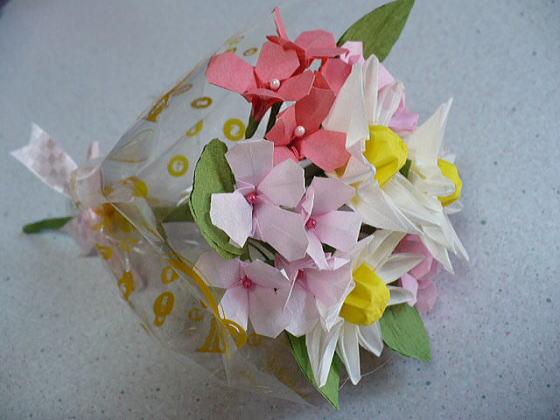 簡単 折り紙 簡単 折り紙 バラ : ありがとうをこめて 春の花束 ...